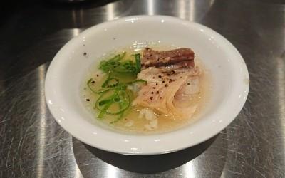 豚バラ軟骨スープ