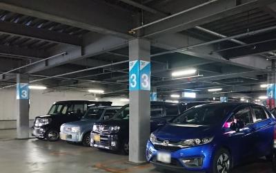 駐車場の目印